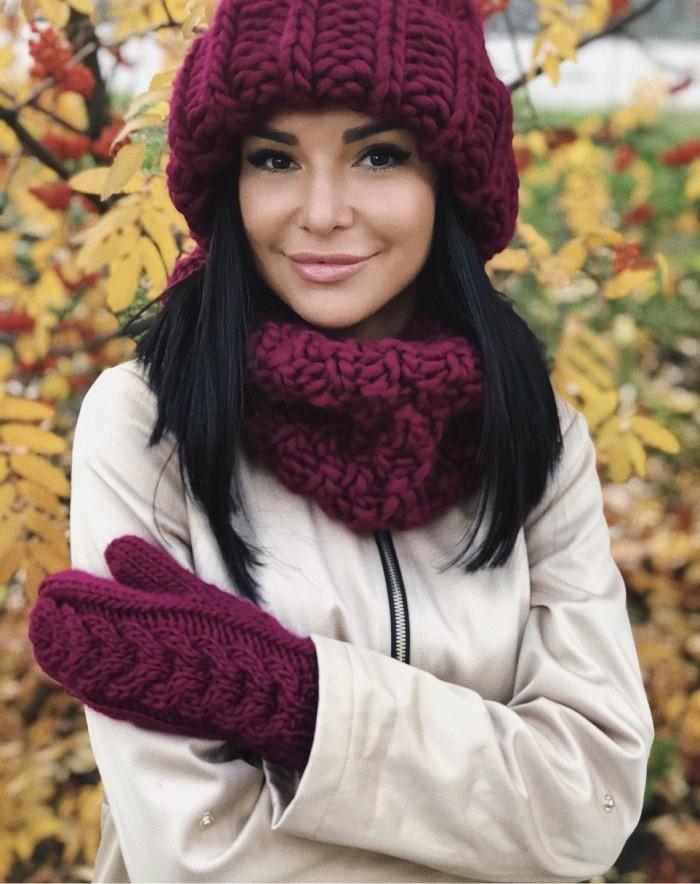 Вязаные женские шапки: подборка из 62 фото