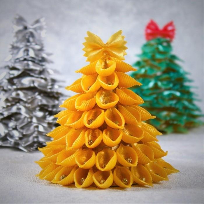 Как сделать интересные новогодние поделки из макарон?