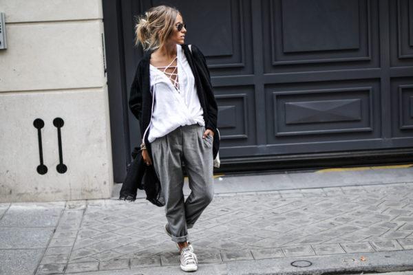 travel style, blacj scarf, converse, paris, noholita