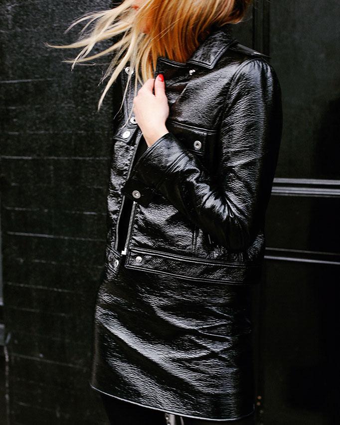All black outfit. Черная кожаная куртка, черная кожаная юбка.