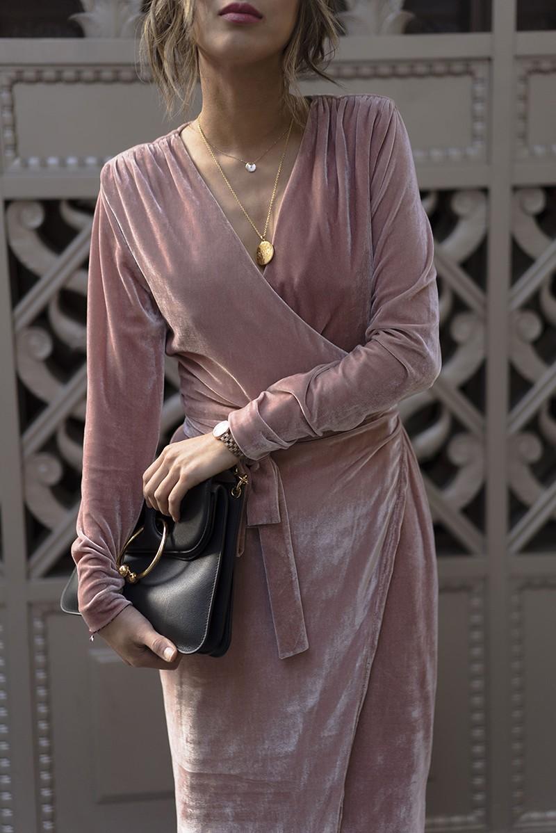 Velvet dress, бархатное платье - главный герой новогодних вечеринок.