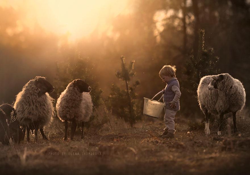 animal-children-photography-elena-shumilova-2-311