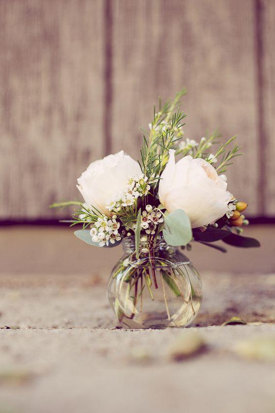 Ежедневная порция красоты: 5 ваз для живых цветов