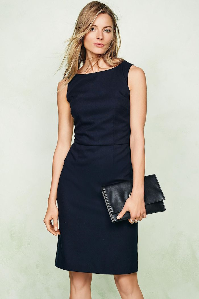 navy-sleeveless-dress