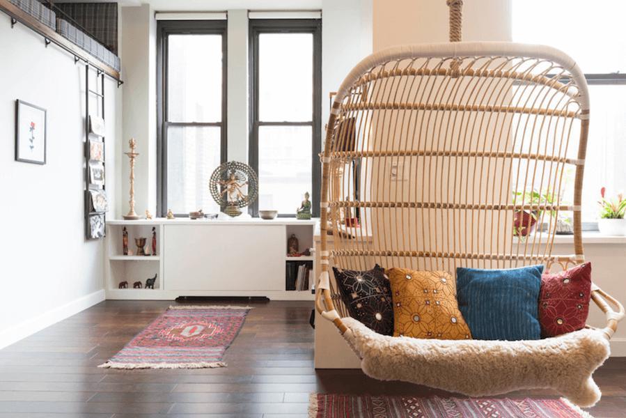 Городской fusion: простые лестницы в декоре интерьера