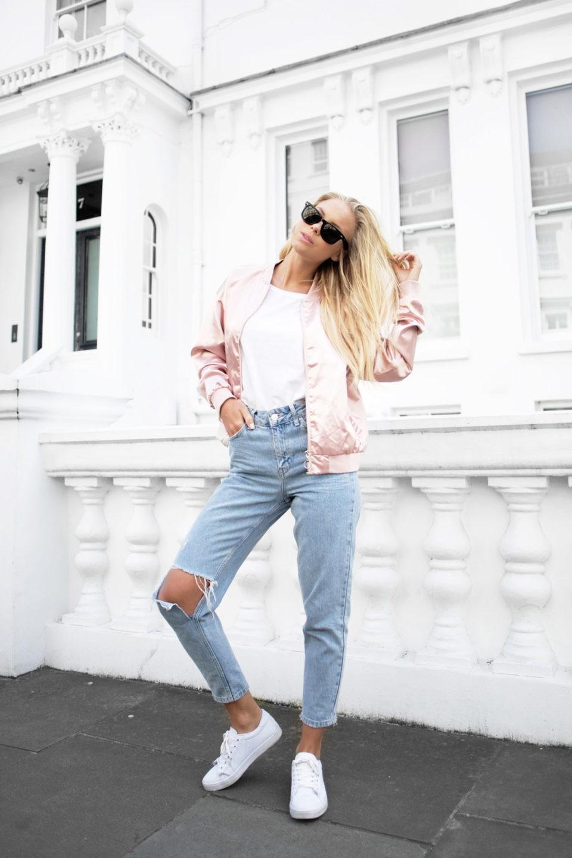 розовая куртка бомбер, джинсы, cropped jeans, pink bomber, white tee