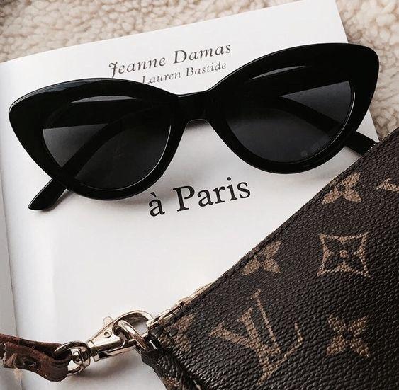 Одеться как парижанка: 4 правила от Damsel in Dior