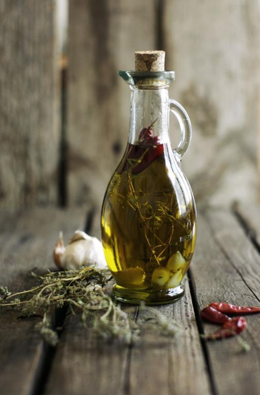 Как быстро понять действительно ли вы держите в руках оливковое масло extra virgin. photo Rumiana Bosseva.