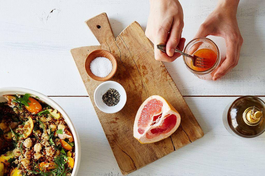 Как сделать вкусный салат на обед из чего угодно: 4 базовых принципа