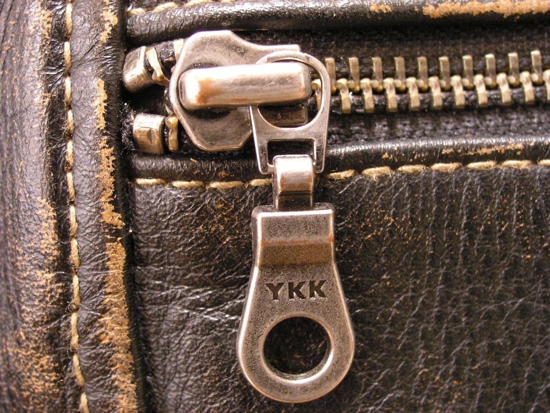 YKK-Zipper1