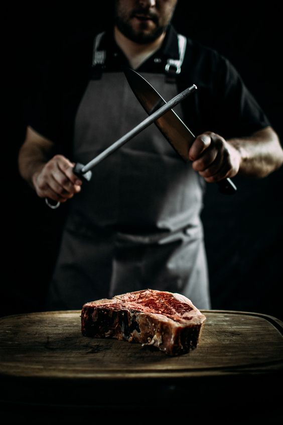 Когда мужчина готовит