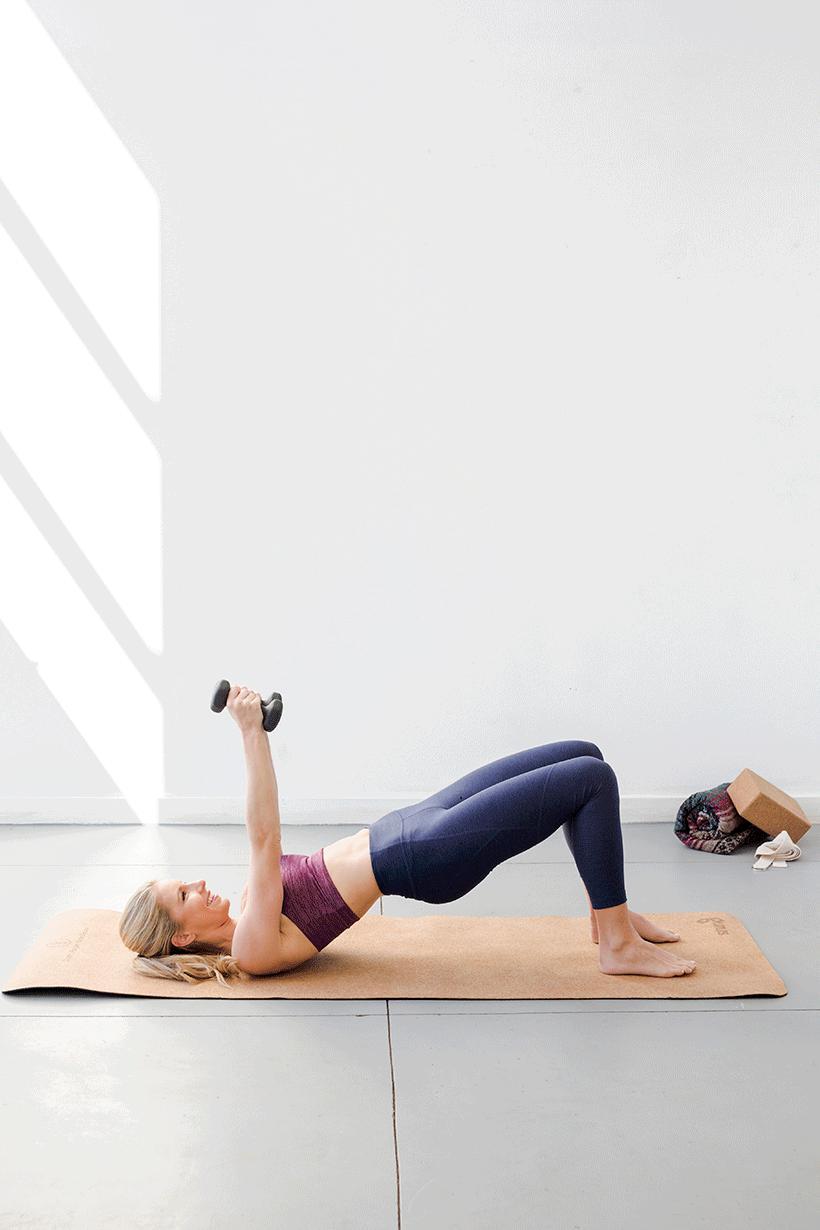 Красивые плечи: 4 супер-эффективных упражнения для идеальных рук