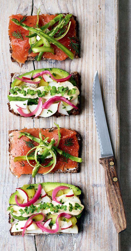 датский сэндвич на ржаном хлебе