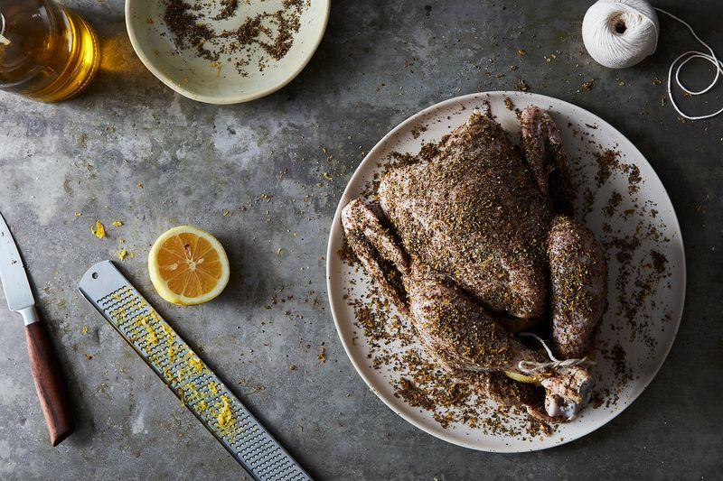 Курица, запеченная с соусом из сыра фета - главный хит Pinterest прошедшего года