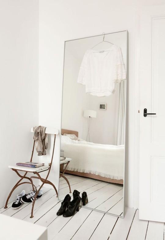 Less is more: Топовые интерьер-блогеры о том, как сделать свой дом уютнее и счастливее