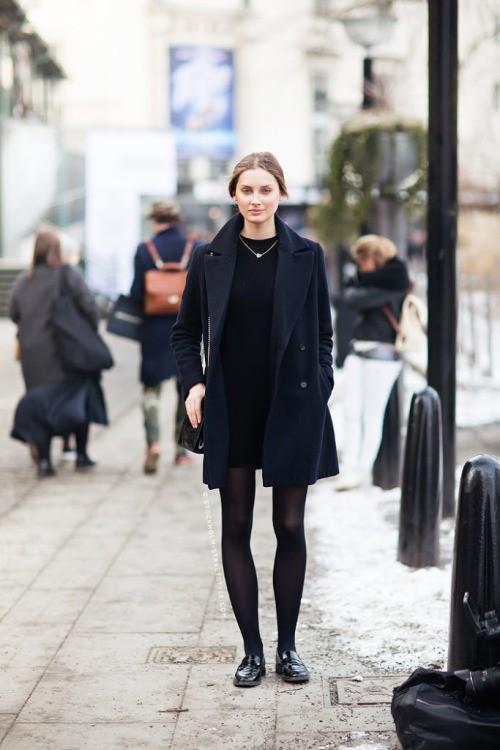 Маленькое черное платье-трапеция. парижский базовый гардероб. LBD, parisian chic.
