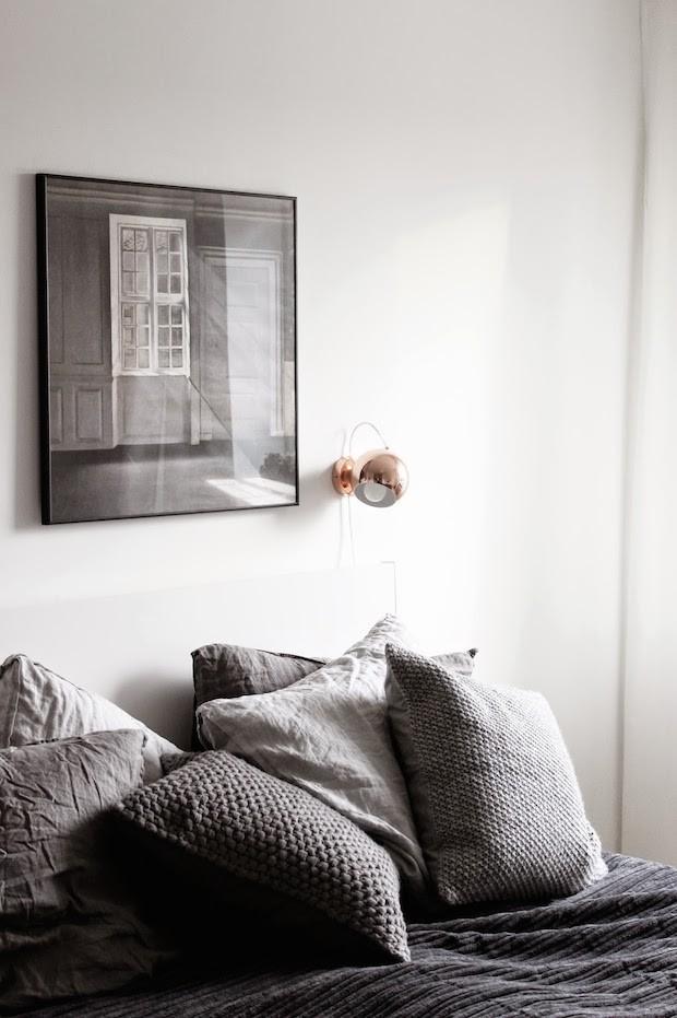 подушки, спальня, серый, декор интерьера, дизайн