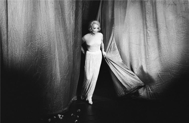 Marlene-Dietrich_London_1975