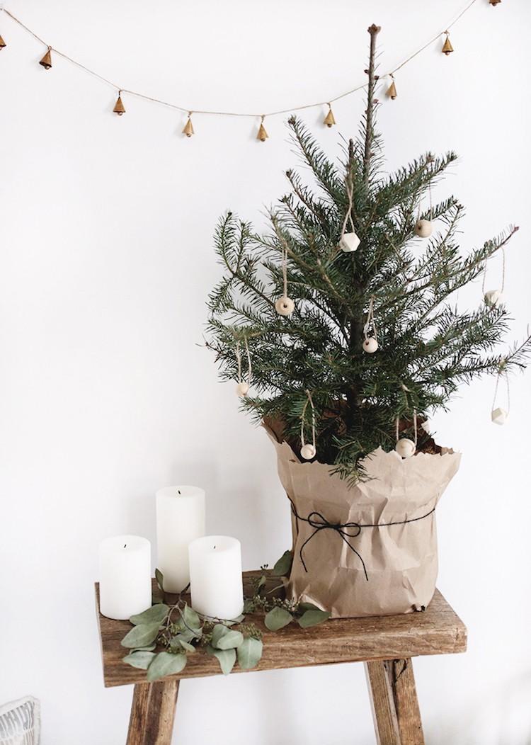 Мини-елки: идея для новогоднего декора в последнюю минуту