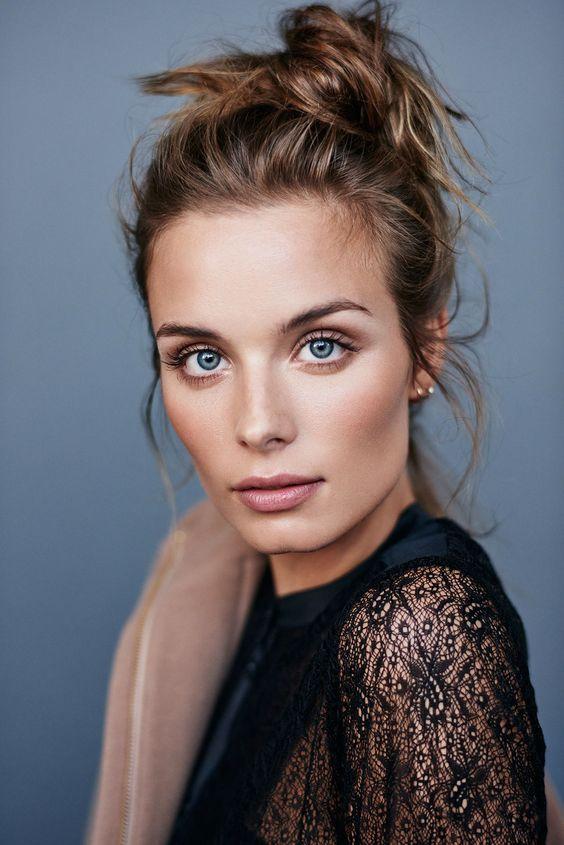 Natural look: 3 приема от визажиста и блогера Mary Phillips