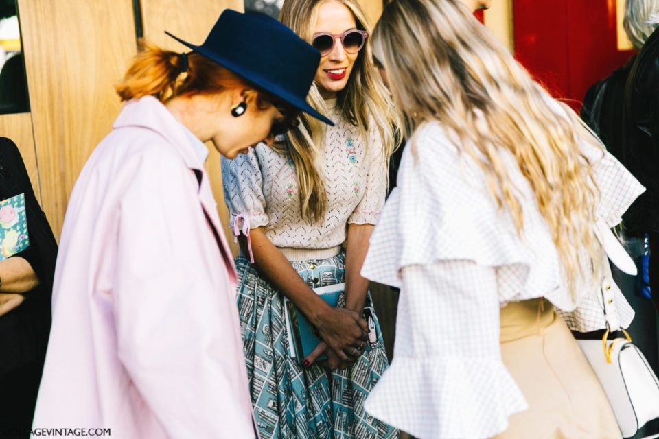 pfw-paris_fashion_week_ss17-street_style-outfits-collage_vintage-olympia_letan-hermes-stella_mccartney-sacai-11-1600x1067