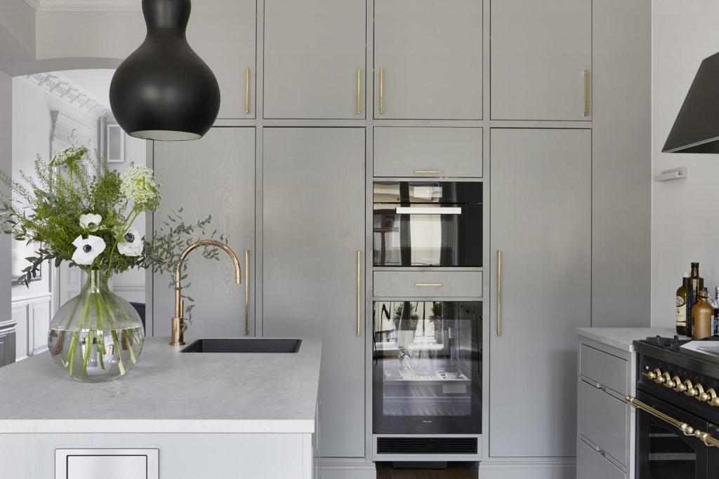 Стильный серый: новый тренд в декоре интерьеров