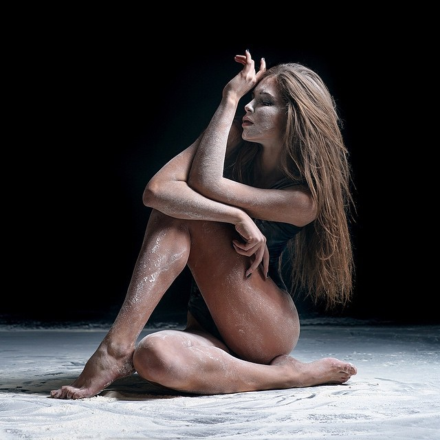 art-of-graceful-ballet-dancing-on-photos-by-alexander-yakovlev-19