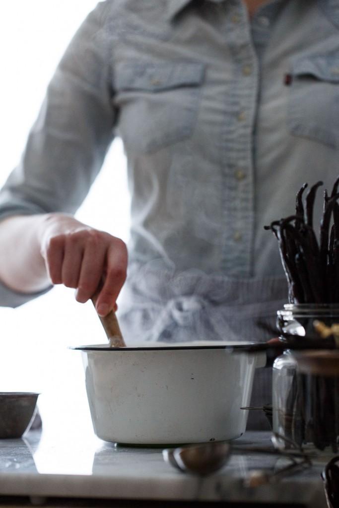 Vanilla-Creme-Brulee-3-683x1024