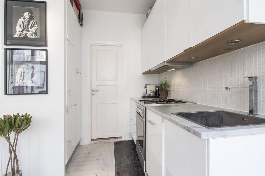 Small-yet-Stylish-Flat-in-Stockholm-kitchen1