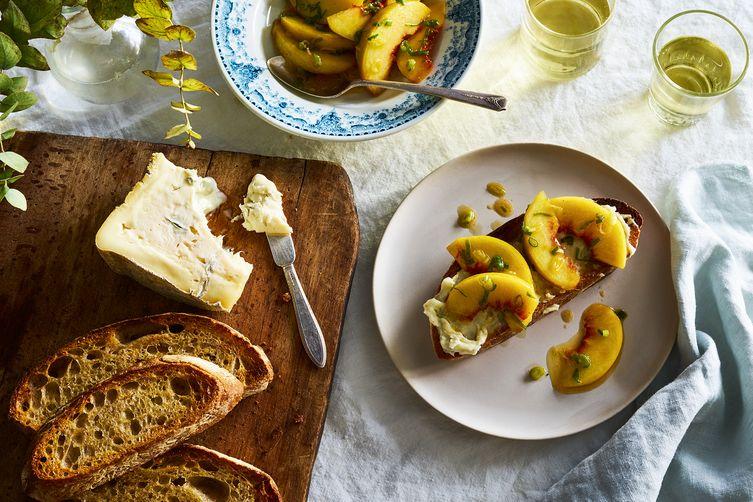 """Вкусно, красиво и """"на скорую руку"""": 3 идеи для дней, когда нет настроения готовить"""