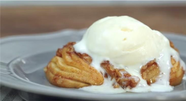 десерт из запеченных яблок