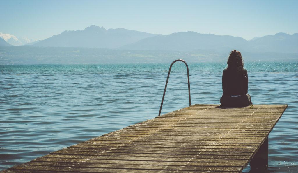 Чем грозит синдром отложенной жизни?